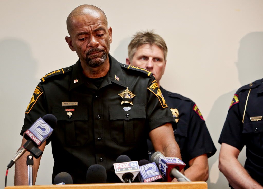 3016678 bytes; 3000 x 2156; DEPUTY02 nws kg 1-- Milwaukee County Sheriff David A. Clarke Jr. speaks during an emotional news con